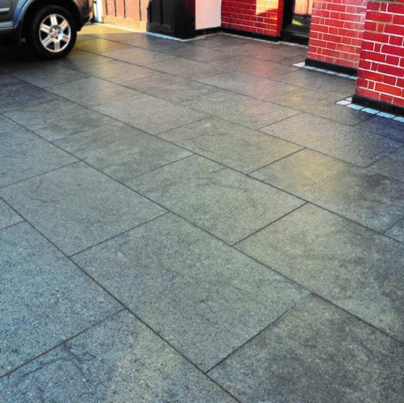 Ash Black Sawn & Brushed Natural Granite Paving (600x600 Packs) - Ash