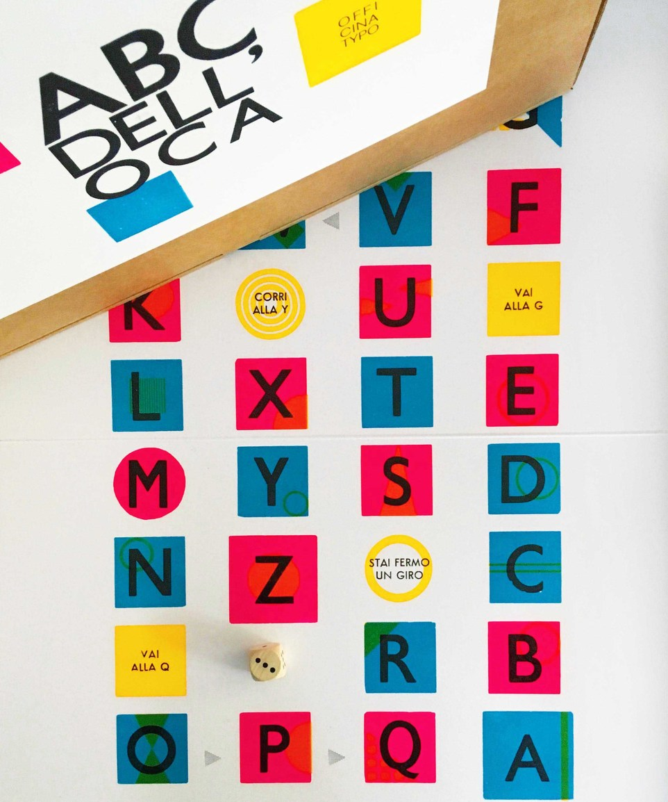 Abc Dell'oca (Snakes And Ladders In Letters)