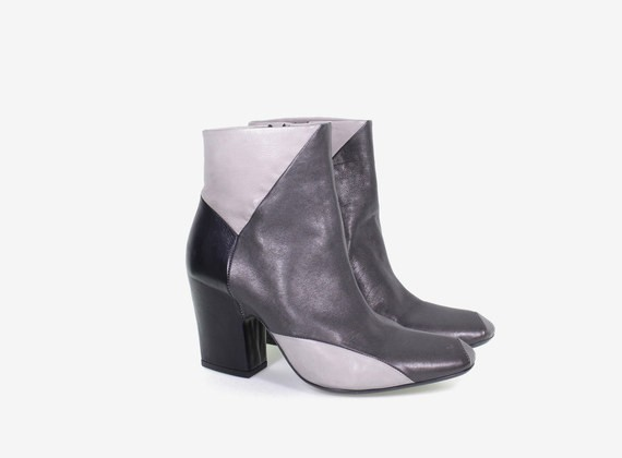Patchwork low ankle boot with internal zip