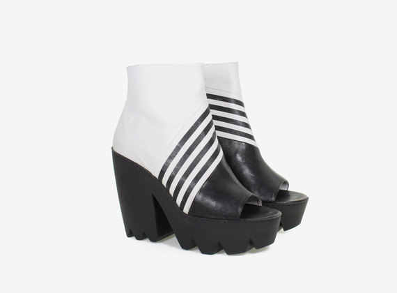 Open toe optical ankle boot with maxi rubber lug sole
