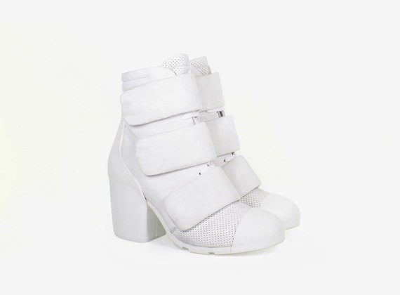 Lace-up ankle boot with Velcro straps