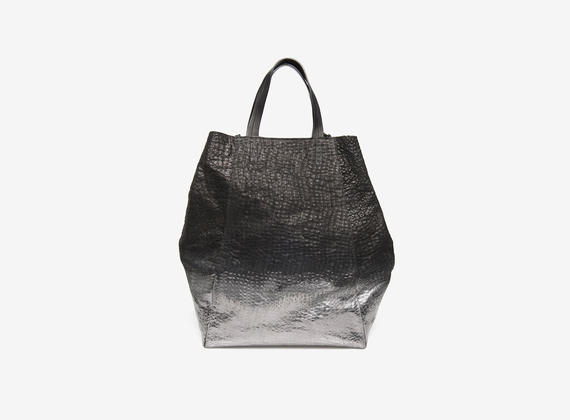 Metallic shopping bag
