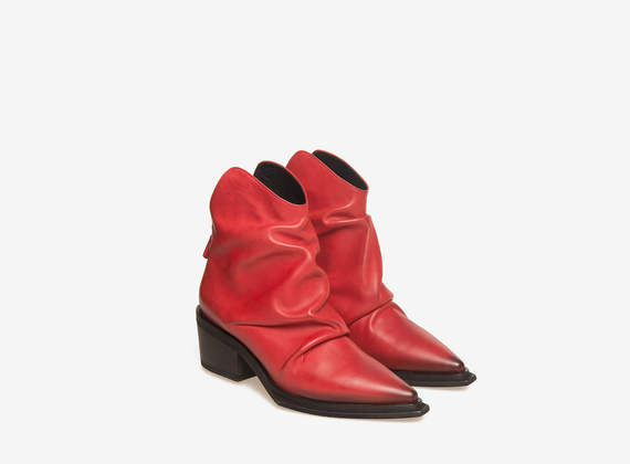 Bottines texanes en cuir rouge