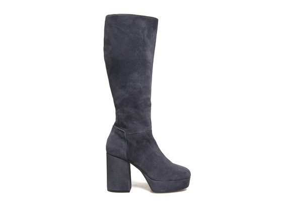 Blue suede boots with platform