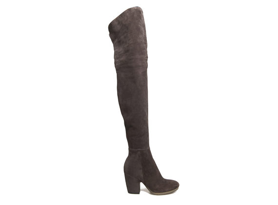 Over knee boot with shell-shaped heel and crepe sole