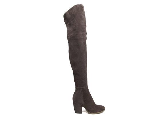 Overknee-Stiefel mit schalenförmigem Absatz und Kreppsohle