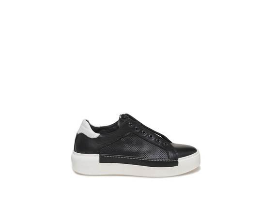 Sneaker con zip centrale