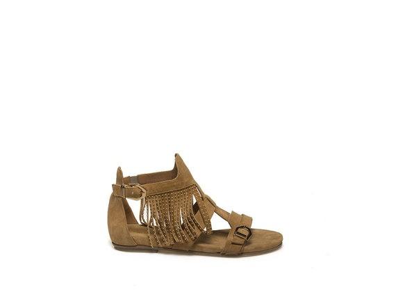 Sandalo con frange micro-borchiate