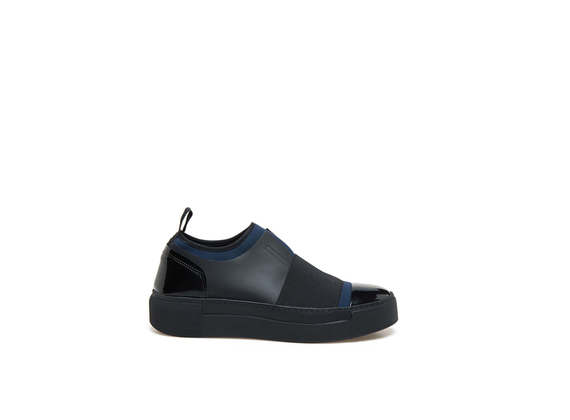 Neoprene blue slip-on shoes with elastic