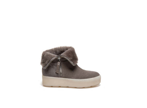 Dove-grey suede booties with sheepskin cuffs