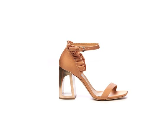Sandal with ruches at the back and hole heel