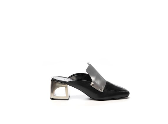 Colour block slipper with hole heel