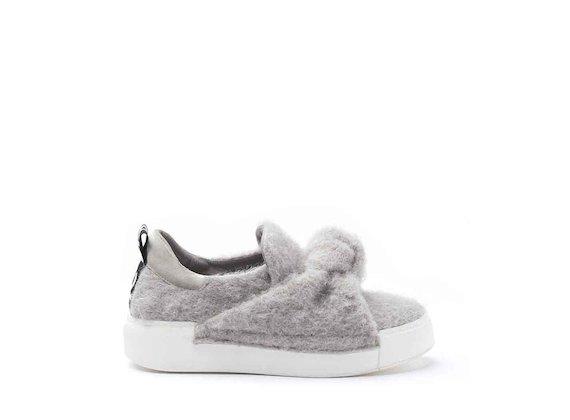 Sneaker in feltro con nodo