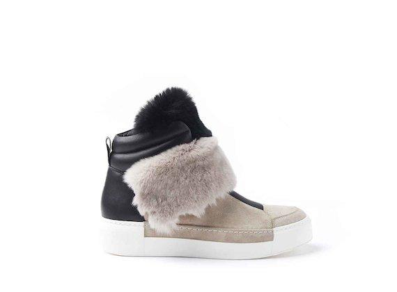 Sneakers style baskets en fourrure couleur poudre/noire
