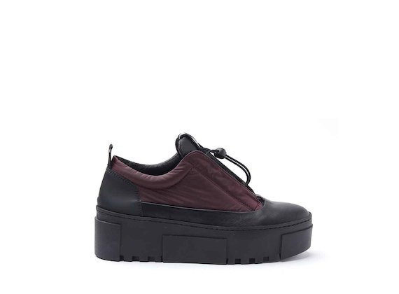 Burgundy nylon shoes with bellows tongue