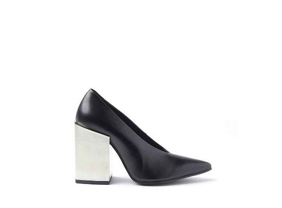Black leather court shoes with high metallic block heel