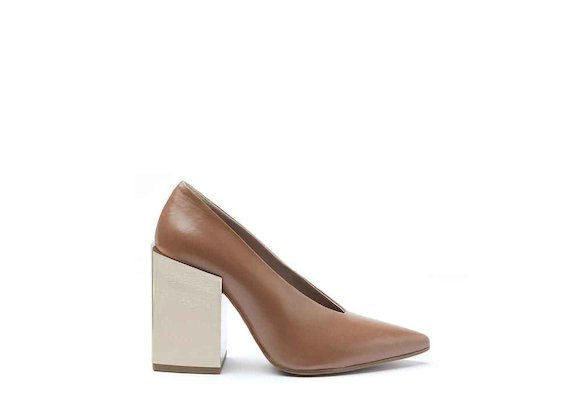 Dusty pink leather court shoes with high metallic gold block heel