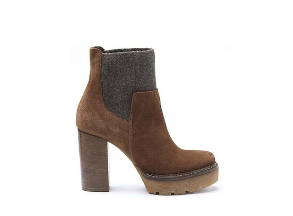 Cognac-coloured suede Chelsea boots with crepe platform and leather-covered heel