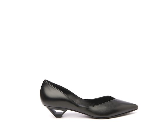 Black court shoe with hollow metal heel