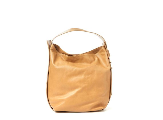 Demetra<br>Leather 3D logo bag
