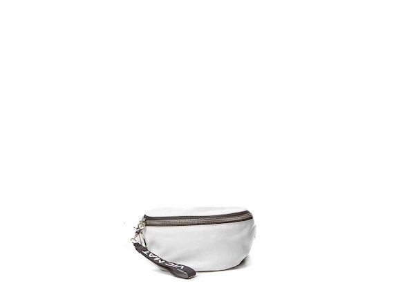 Ginger<br />White bumbag with large metal zip