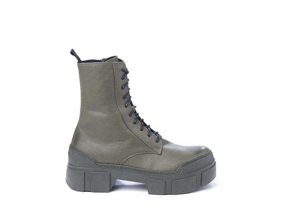 Combat boot in pelle verde militare