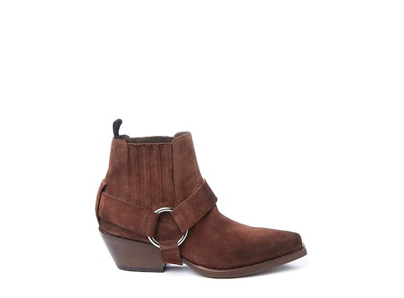 Brown Beatle boot with strap and metal toe