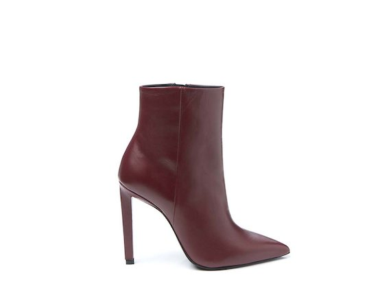 Red ankle boot with stiletto heel