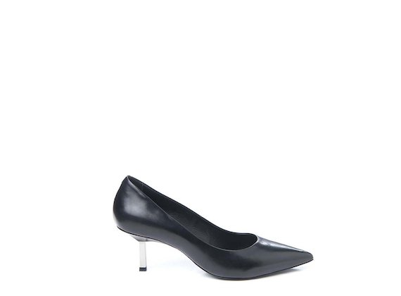 Court shoe with metallic heel - Black