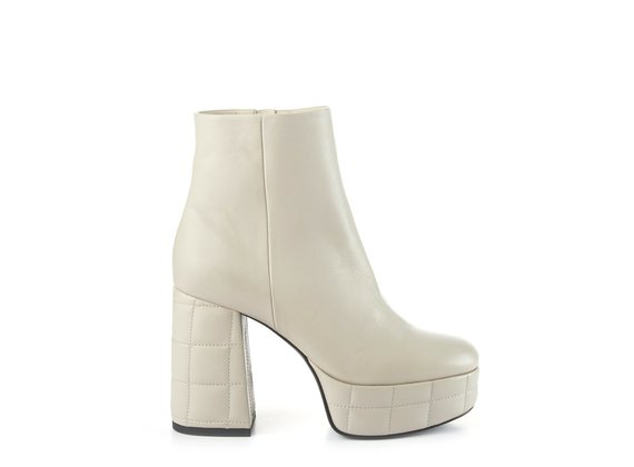 Ice-white leather ankle boots with platform and chunky heel - Sand