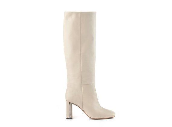 Duplex tube boots in soft butter-beige calfskin