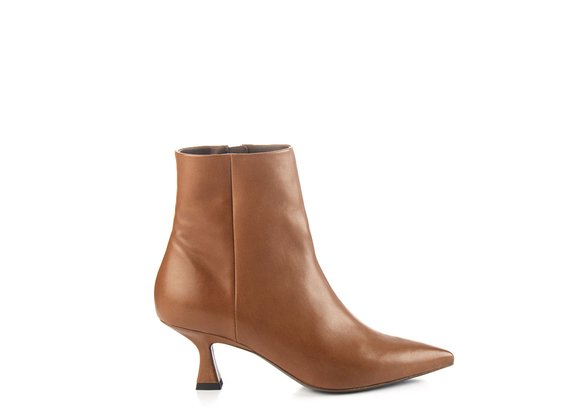 Tapered brown leather ankle boots