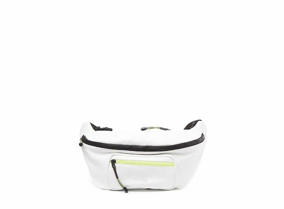 Andrea<br />White bumbag