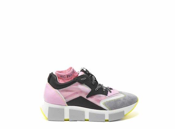 Chaussures de course avec empeigne transparente gris et rose