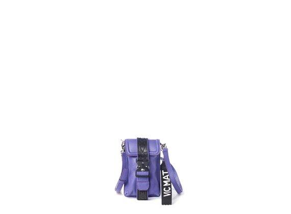 Fanny<br />Smartphone-Halterung aus violettem Kalbsleder