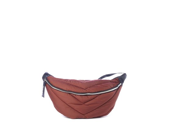 Egle<br> large brick-red quilted waist bag