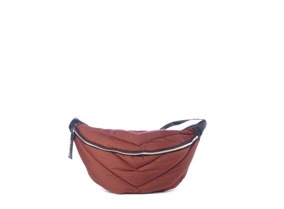 Egle<br>Grand sac ceinture matelassé couleur brique