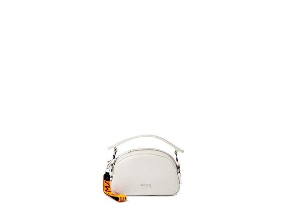 Babs Small<br>Mini-sac à anneaux couleur perle.