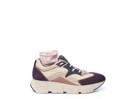Burgundy/powder-pink split leather and fabric running trainers