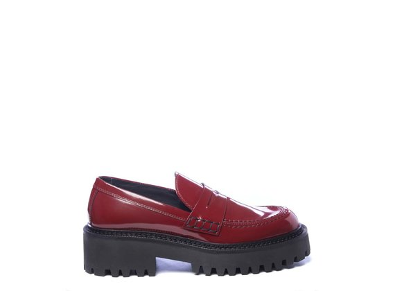 Ruby-red brushed leather moccasins