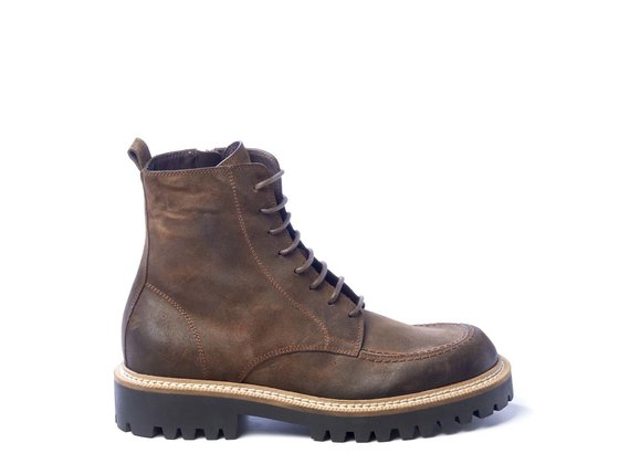Men's brown split leather combat boots with adler stitching