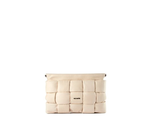 Kaori<br />ivory-coloured leather clutch - Beige