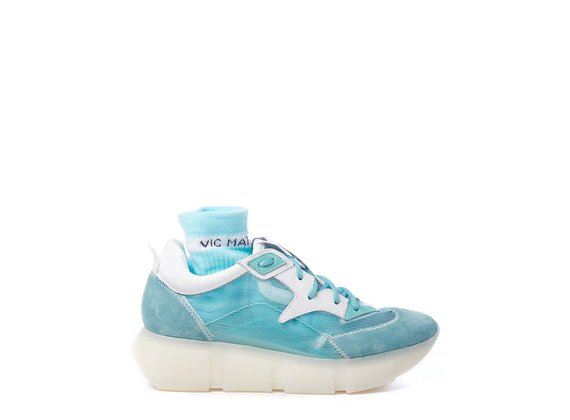 Sky-blue running shoes in split leather and see-through ripstop - Light Blue