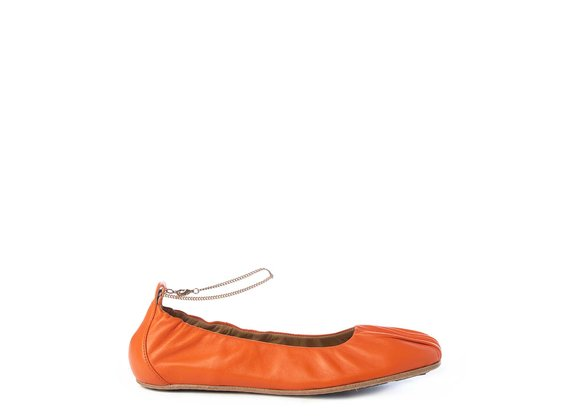 Ballerina flats in soft orange nappa leather