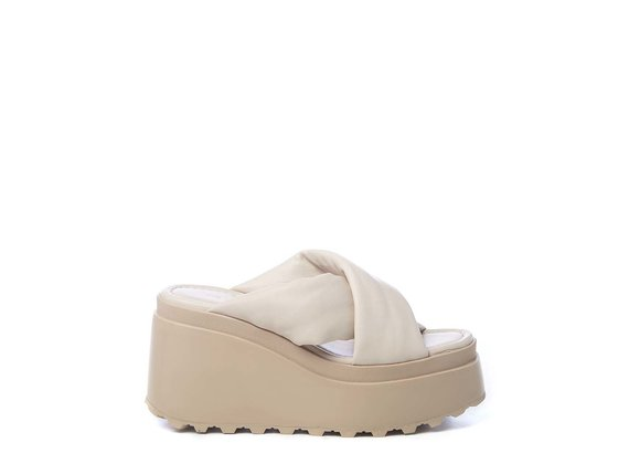 Ivory-coloured wedge sandals