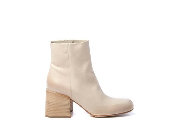 Urban ankle boots in ivory-coloured calfskin - Cream
