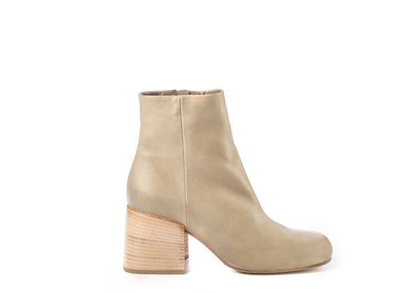 Urban ankle boots in clay-grey calfskin - Green