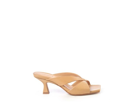 Tan-brown sandals with spool heel