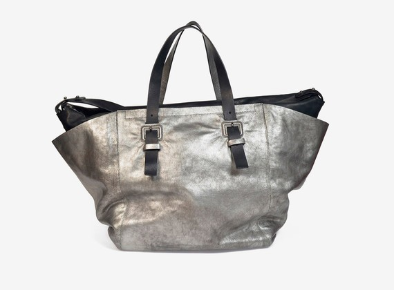 Large bicolour handbag crafted from calfskin and laminated leather - LAMINATE SILVER