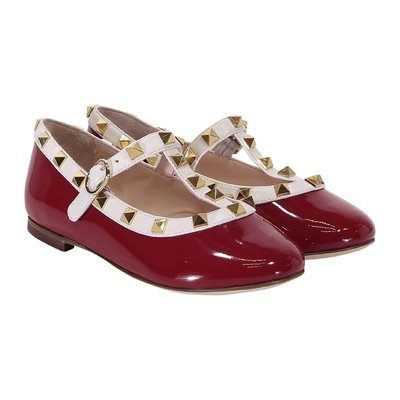 Red patent leather ballerinas with studs